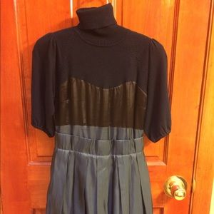 Dresses & Skirts - Exceptional wool and silky dress